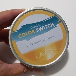 Lavish Quick Color Switch Dry Brush Cleaner